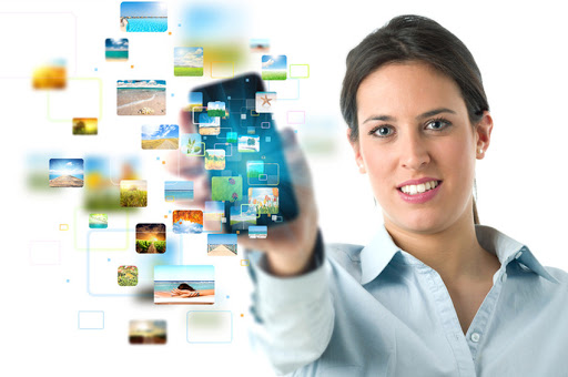 mujer y smartphone