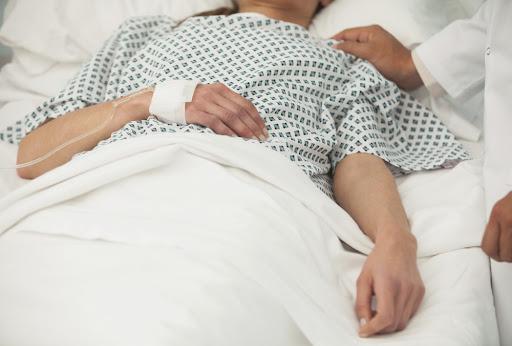Voci familiari per persone in coma - es