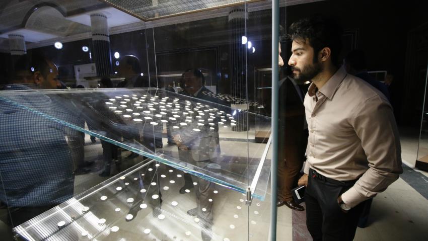 La primera galería del museo abrió el pasado mes de septiembre, albergando monedas y objetos de cerámica del año 400 antes de Cristo.