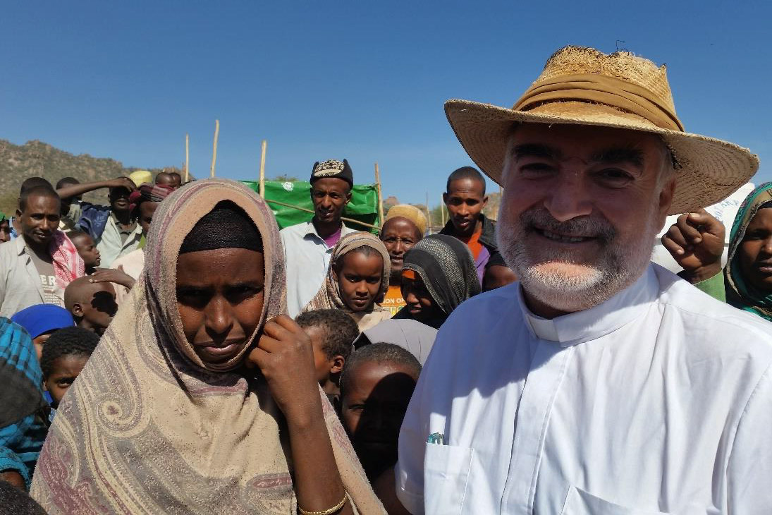 web-ethiopia-mission-mercy-2-padre-christopher