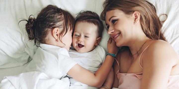 FAMILY IN BED